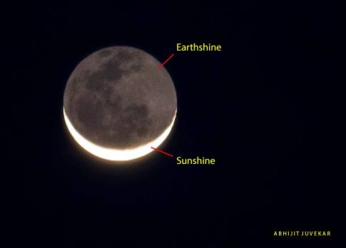The Moon showing Earthshine from http://en.es-static.us/upl/2013/12/moon-earthshine-Abhijit-Juvekar-12-1-2013.jpg